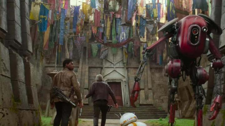 Flags on Maz Kanata's Castle? | The Hoth Spot